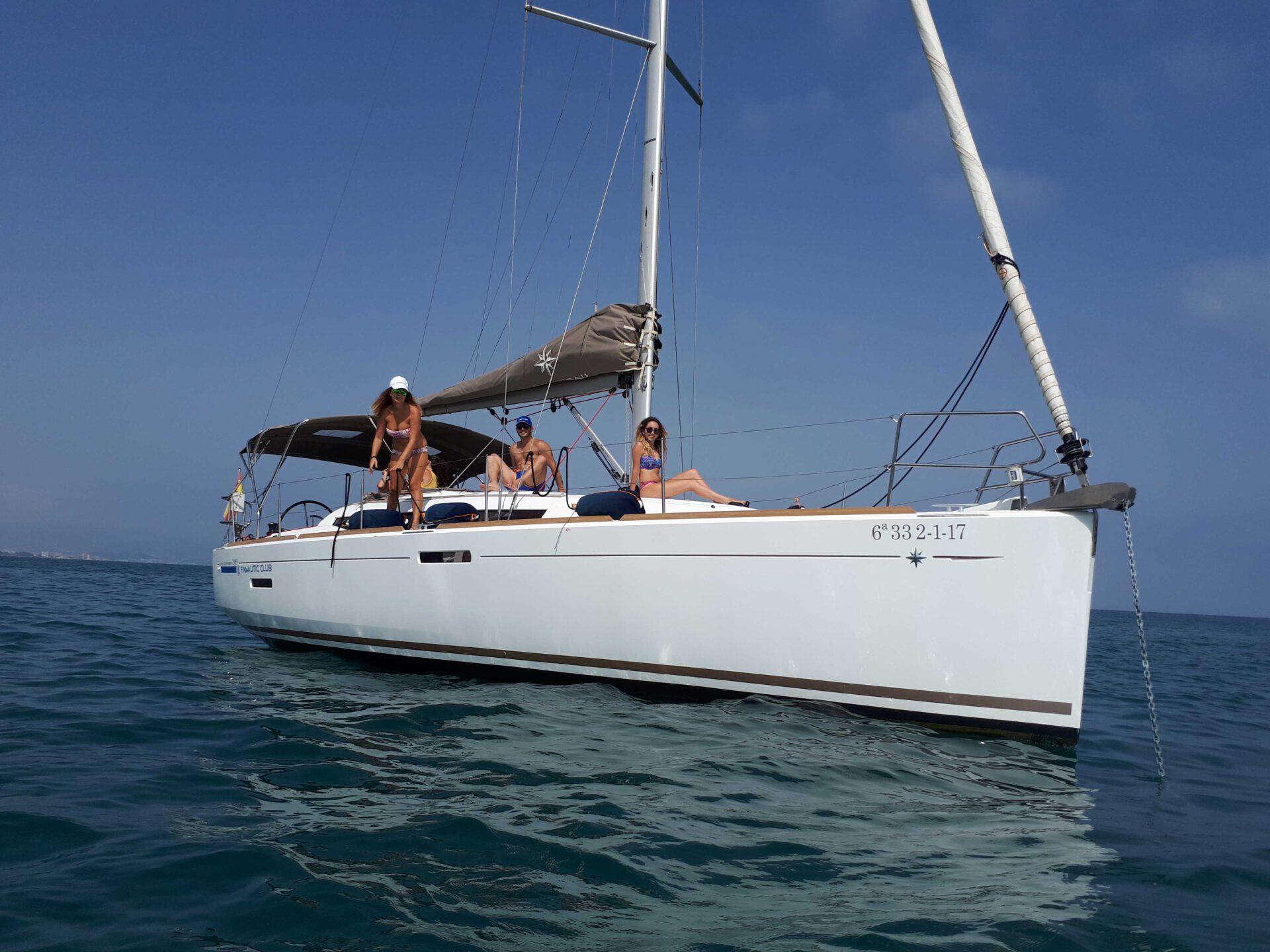 Boat lovitcharter JEANNEA SUN ODYSSEY 389