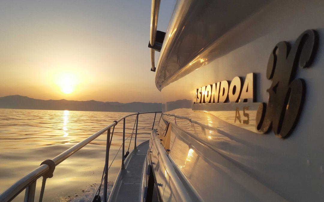 boat lovitcharter astonda 36