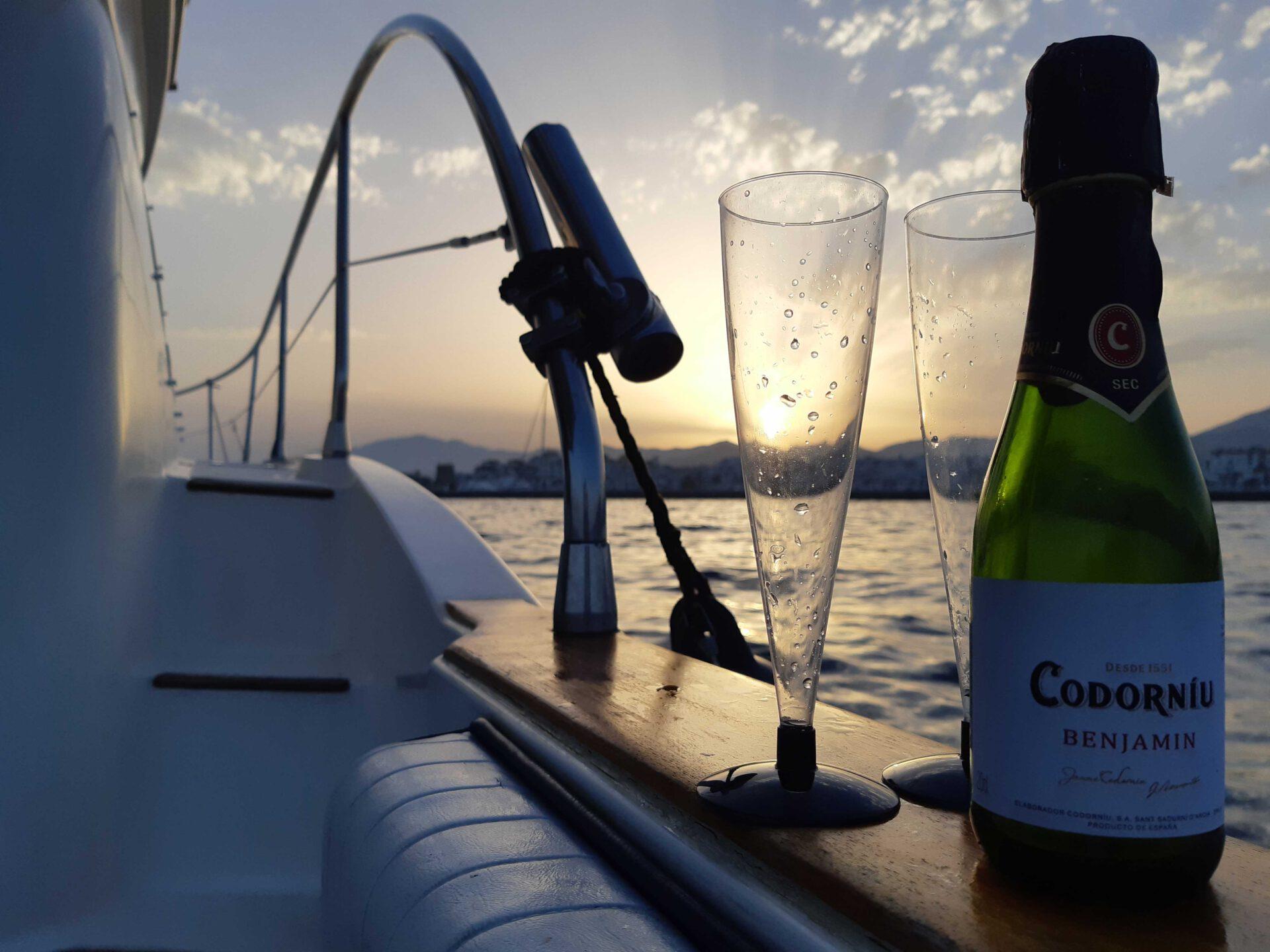 boat lovitcharter drinks 2