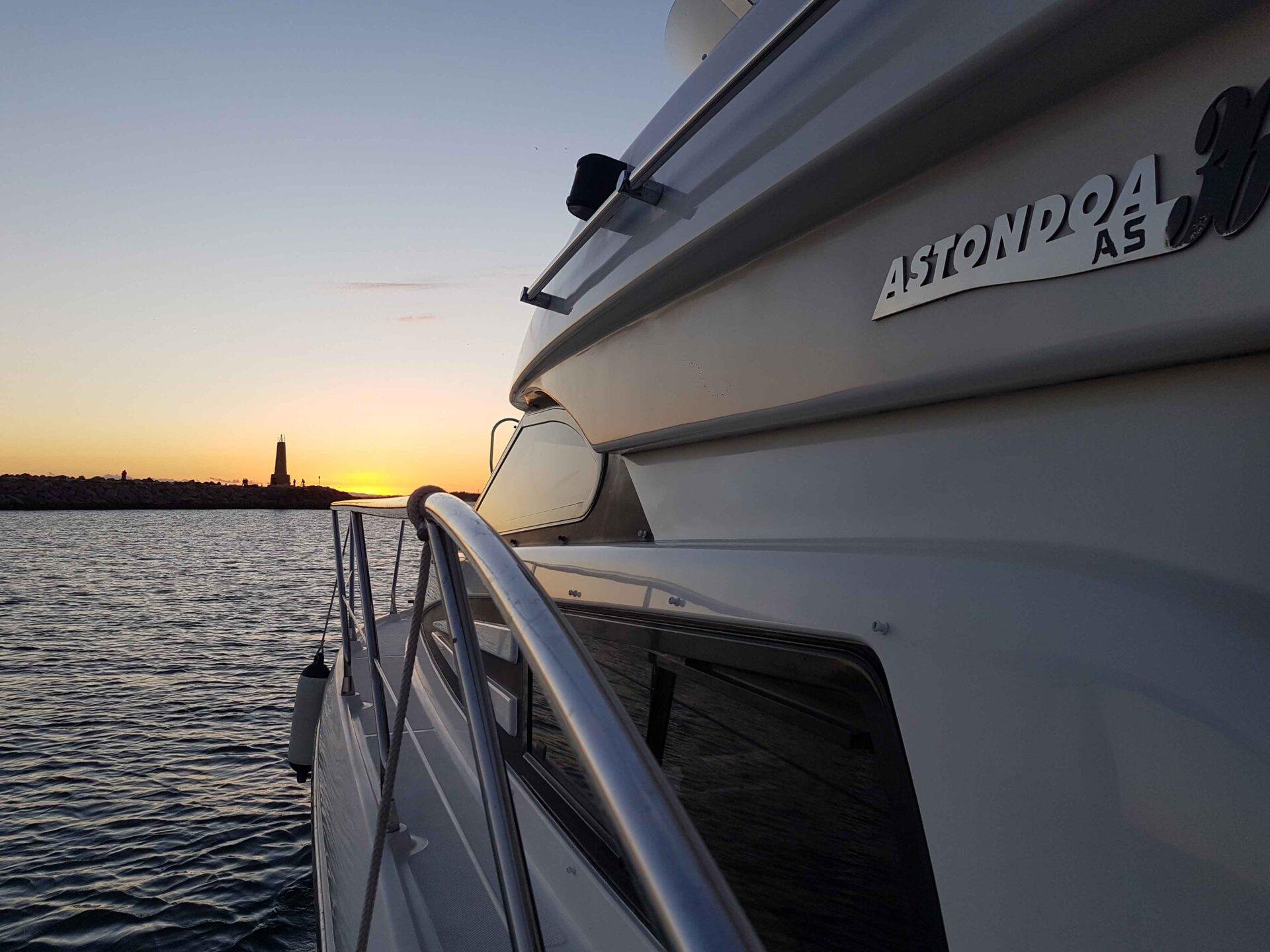 boat lovitcharter sunset