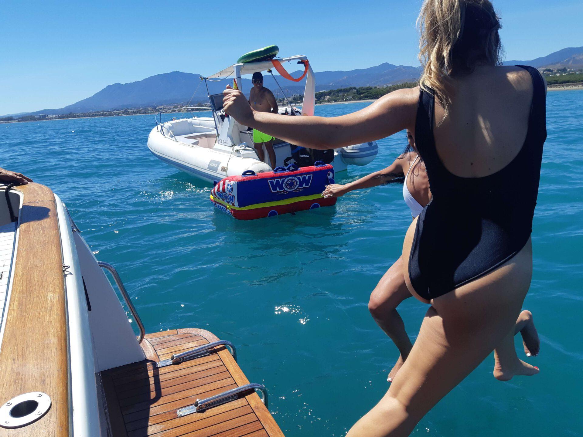 LOVIT CHARTER. Fishing and relax Marbella (174)