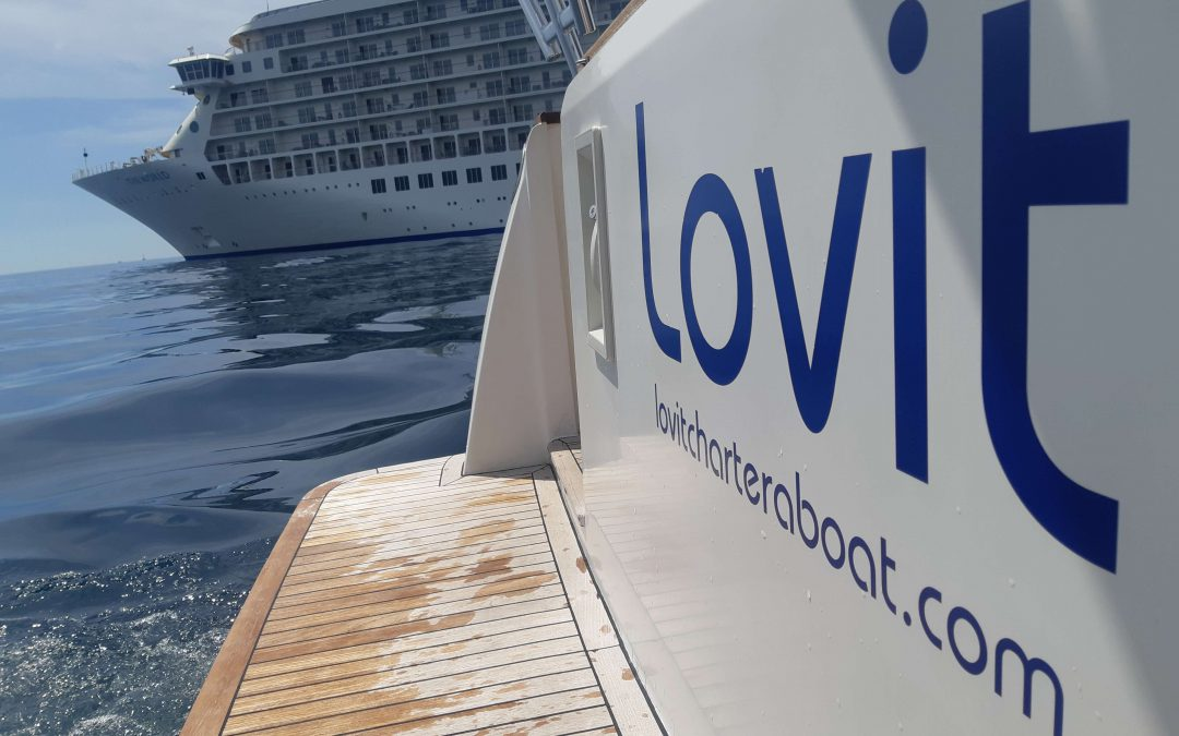 Essential luggage to take on board during a crossing, by Lovit Charter