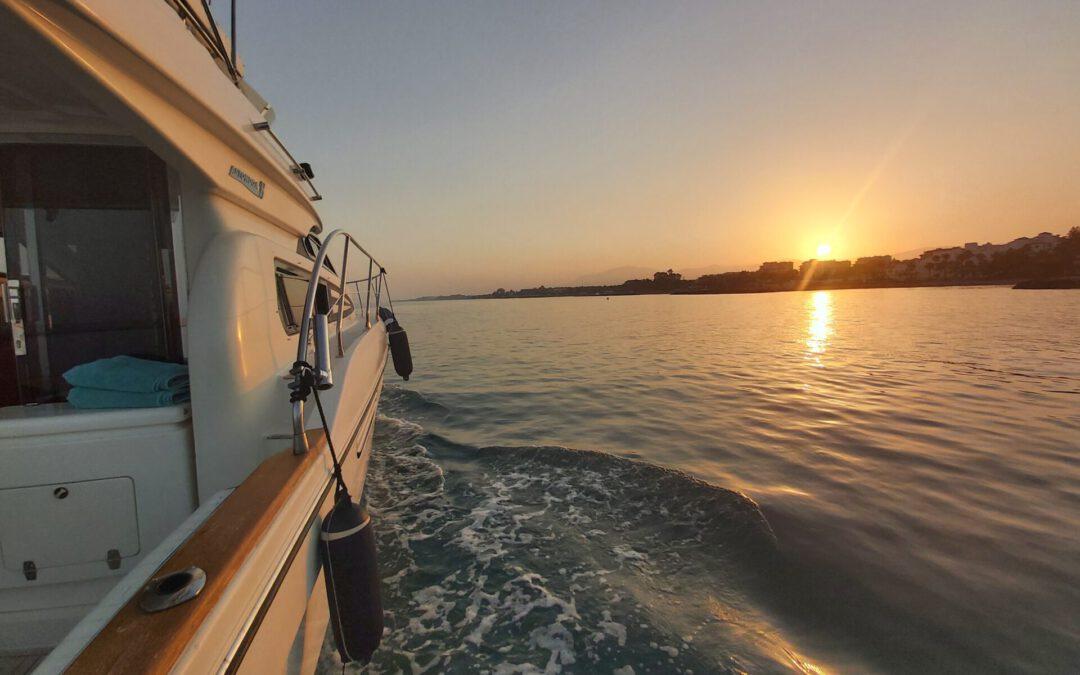 Cenas a bordo con Lovit Charter
